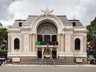 Saigon Opera House (Ho Chi Minh Municipal Theater) © Diego Delso