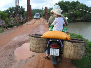 Motorbike and cruise trip to South of Phu Quoc © Axel Drainville