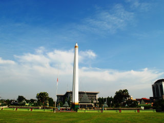 A five day round trip of Surabaya © Lily