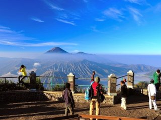 Explore Bromo & Madakaripura waterfall 2D1N