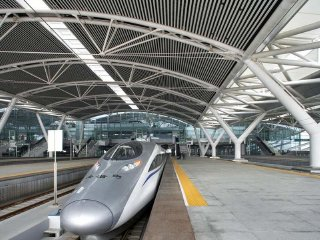 Private transfer : Guangzhou Railway Station Transfer Service © chinatravelkey