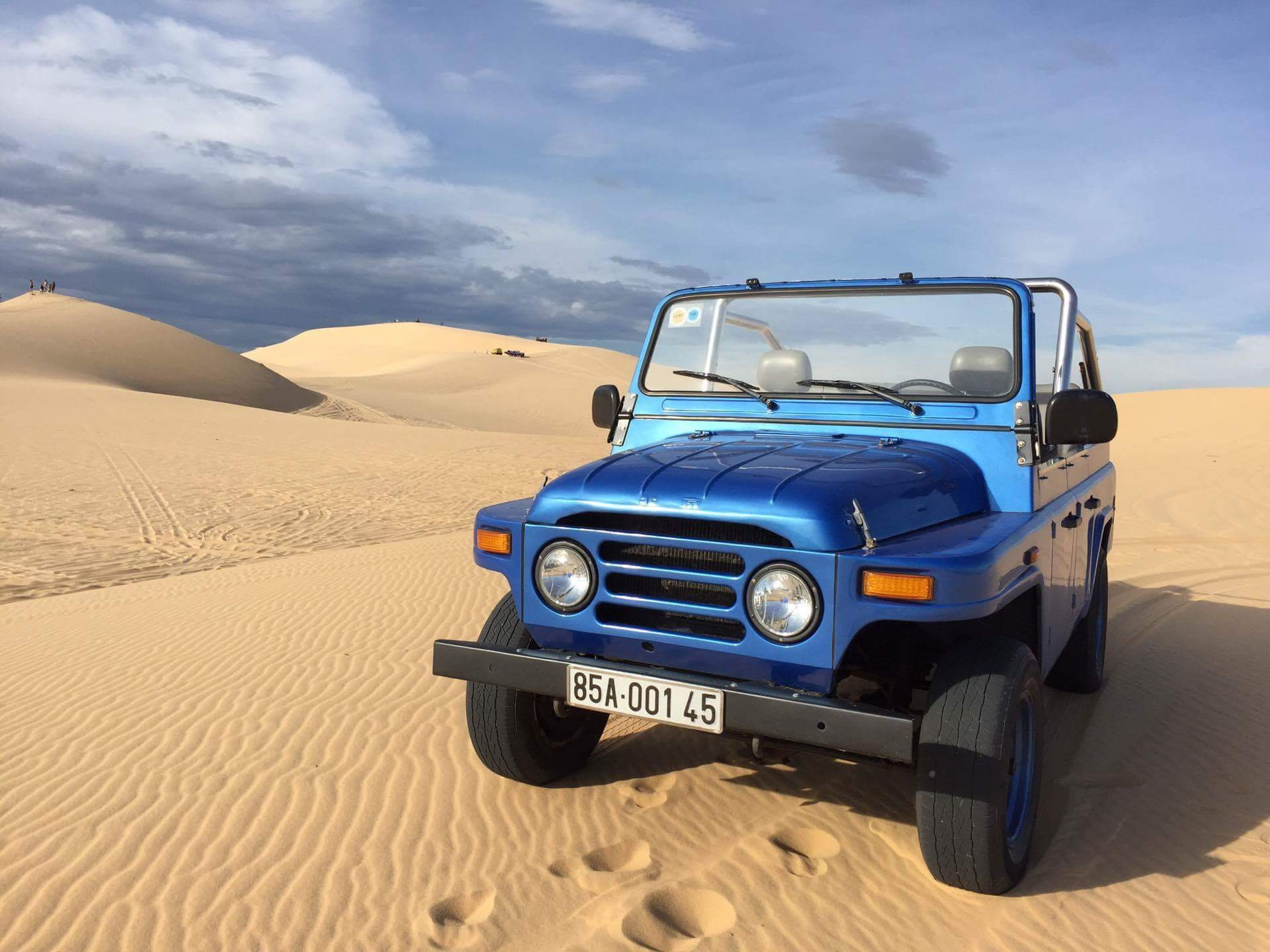 Mui Ne sand dunes jeep tour in Mui Ne - Activity in Mui Ne, Vietnam -  Justgola